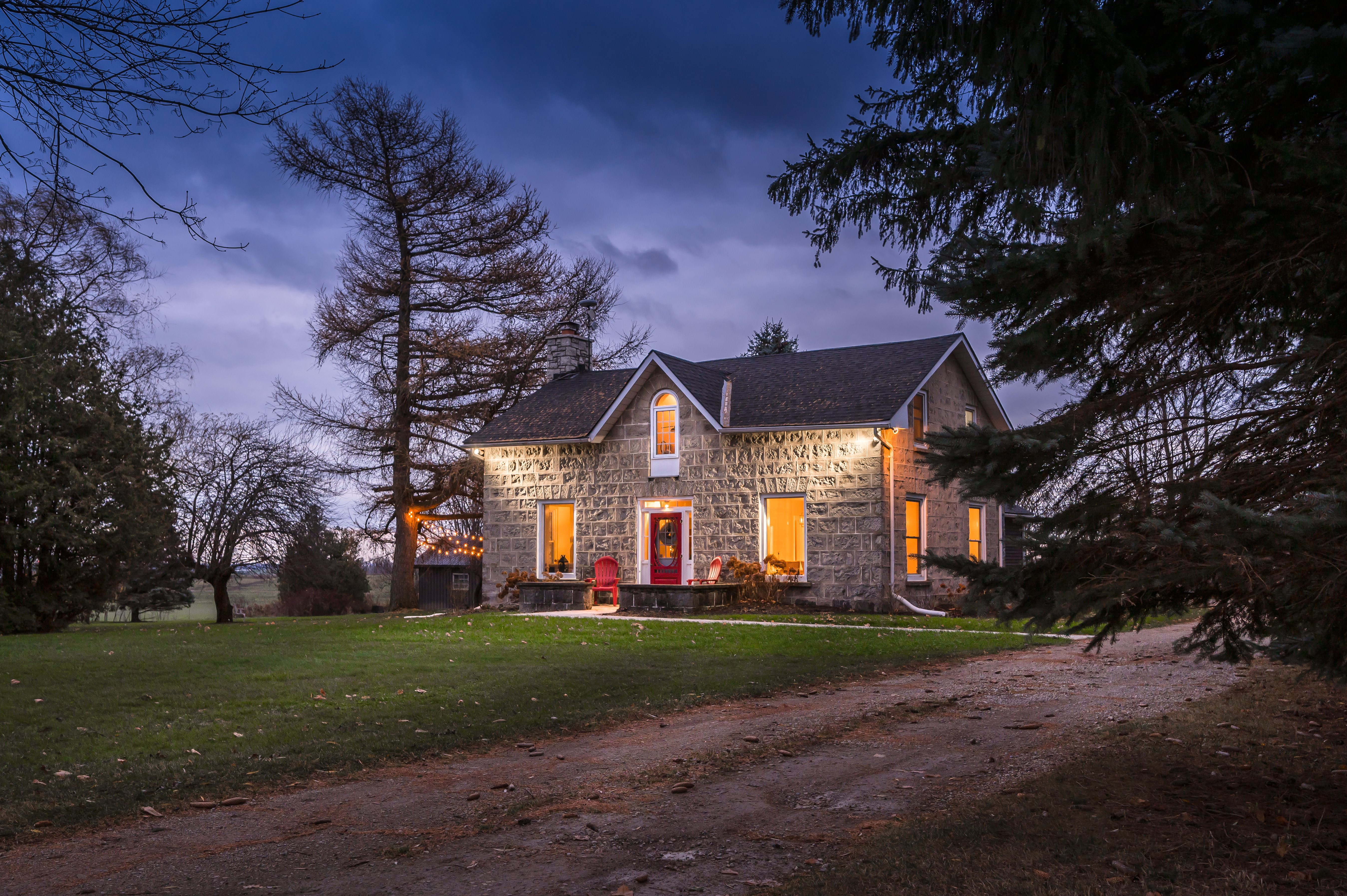 Country Dream Home   6986 1st Line W