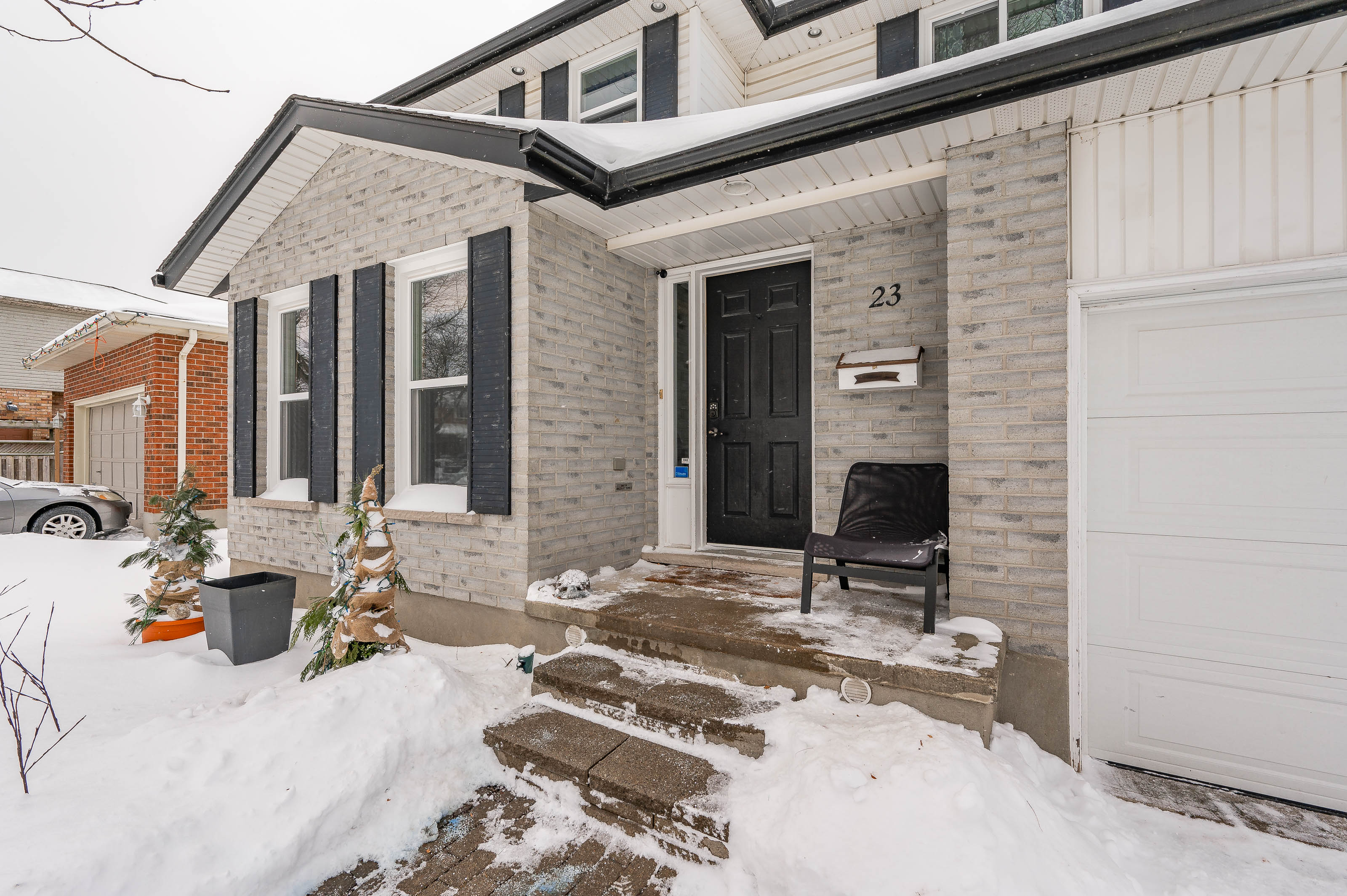 Wonderful Home in Quiet Guelph Neighbourhood   23 Darby Rd.