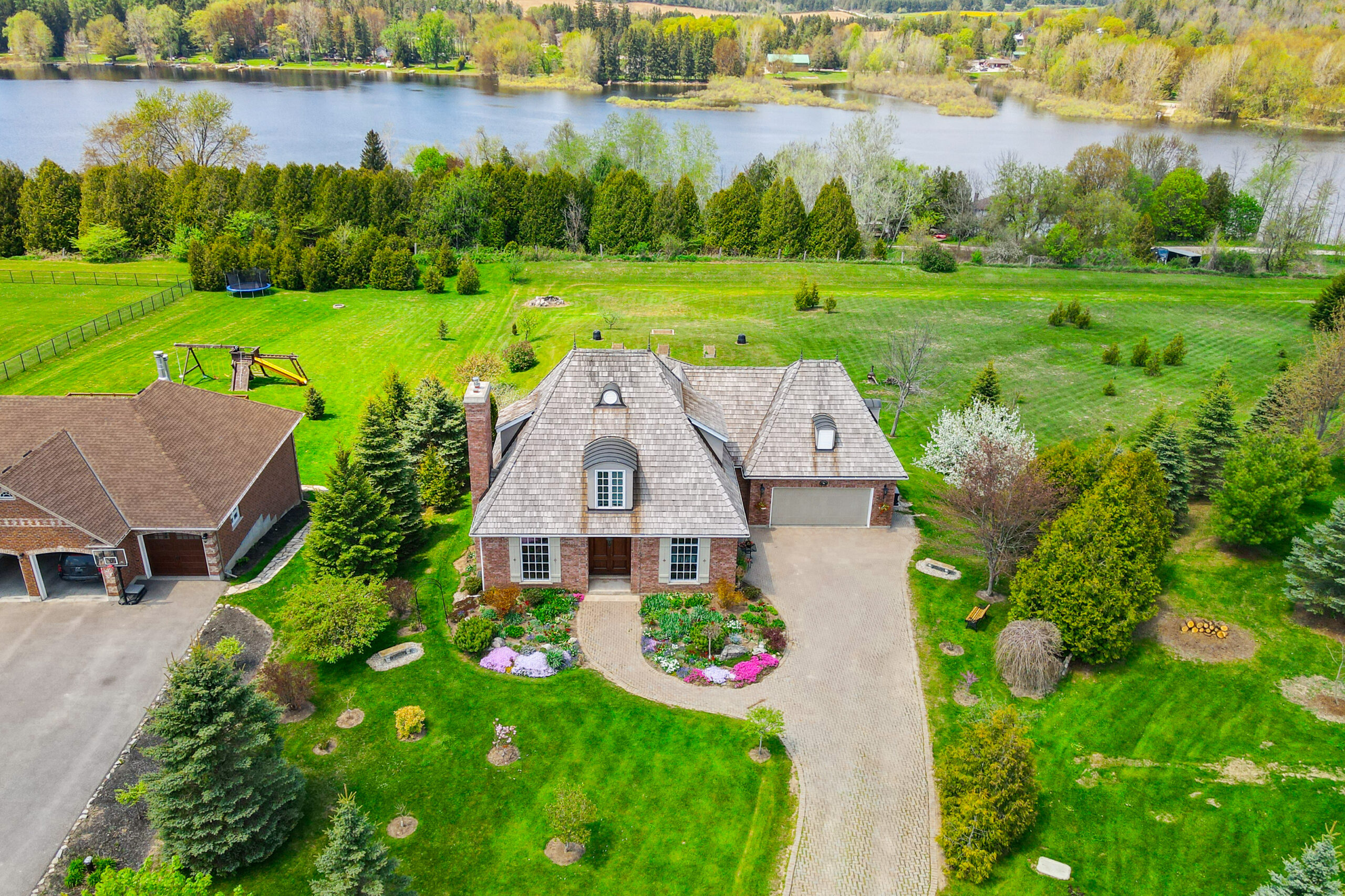Custom Country Estate | 96 Conservation Trail