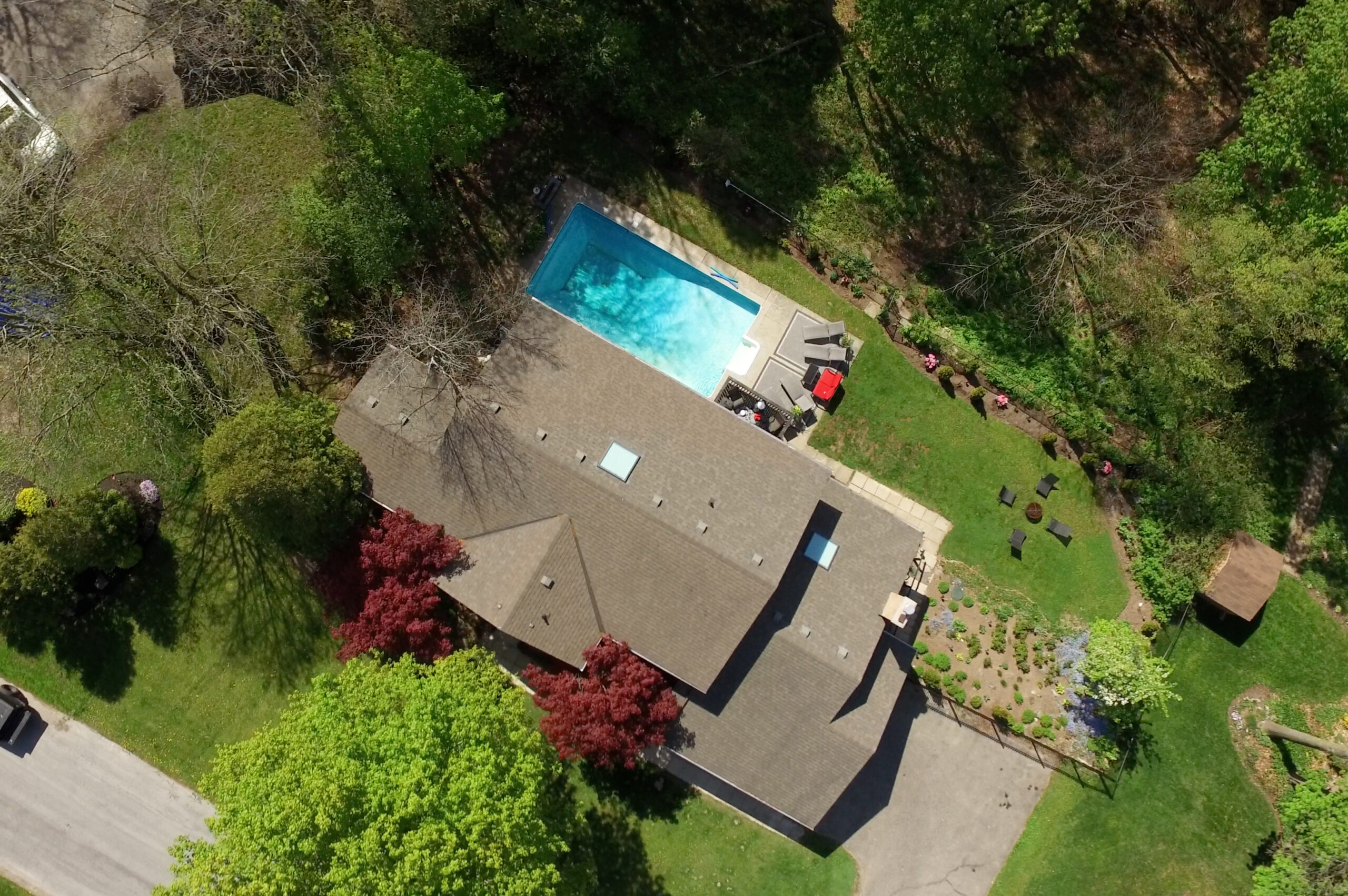 Stunning Home with Inground Pool   355 Edgehill Dr.