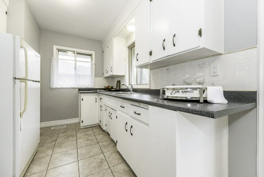 012-224 River Road East, Kitchener, Ontario, Canada-21_m