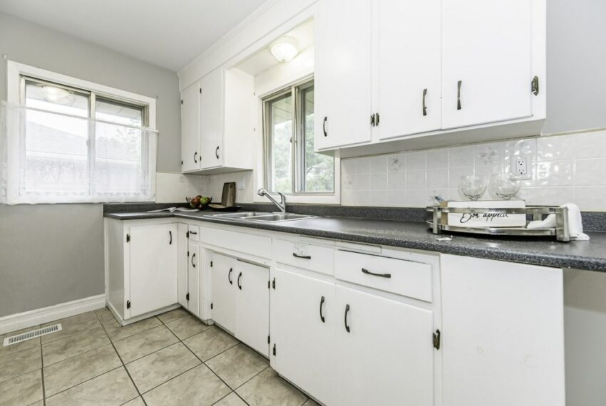 015-224 River Road East, Kitchener, Ontario, Canada-24_m