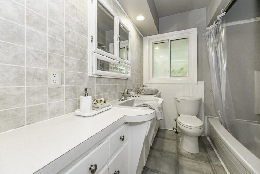 025-224 River Road East, Kitchener, Ontario, Canada-34_m