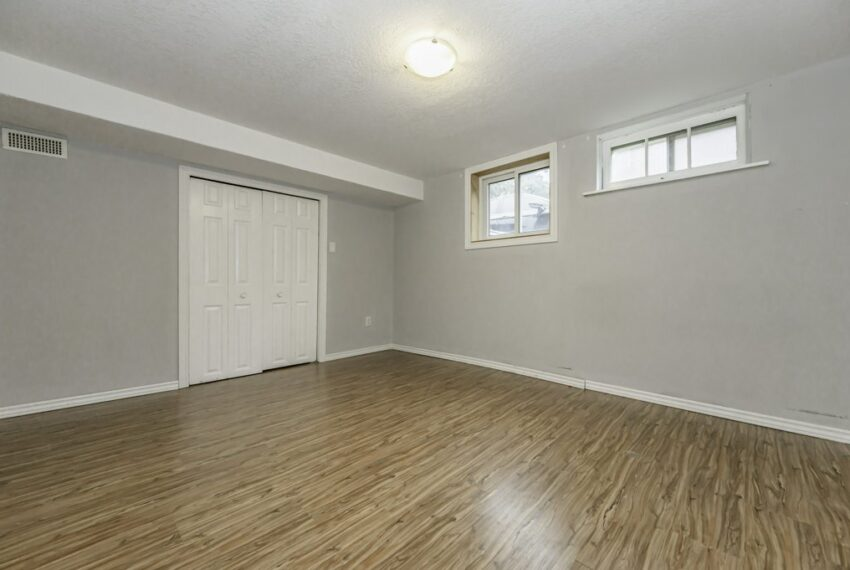 032-224 River Road East, Kitchener, Ontario, Canada-41_m